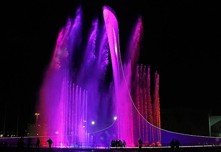 Шоу Фонтанов вновь радует гостей Олимпийского парка